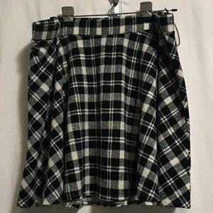 NWT Torrid plaid skirt